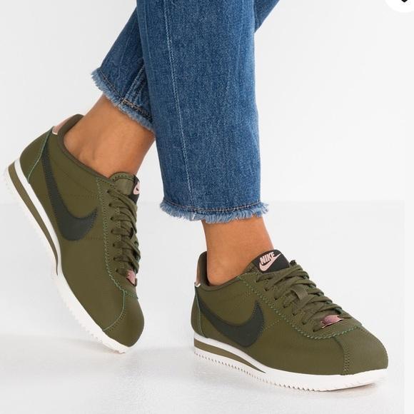 Nike Classic Cortez Leather Olive Sequoia W AUTHEN